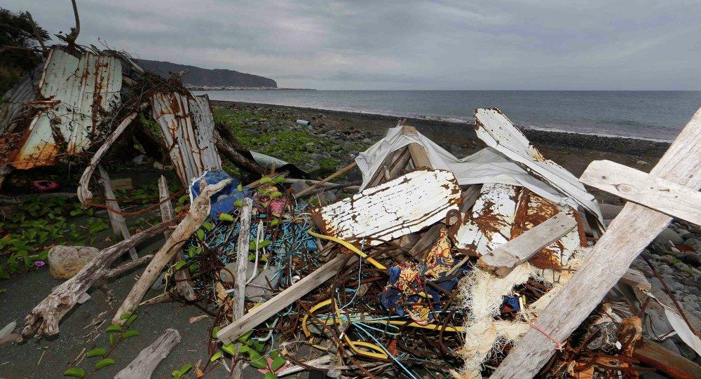 法将向留尼汪岛派去飞机和船只搜寻新的波音客机残骸