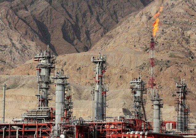 中石油在伊朗南帕尔斯11项目中取代法国道达尔公司