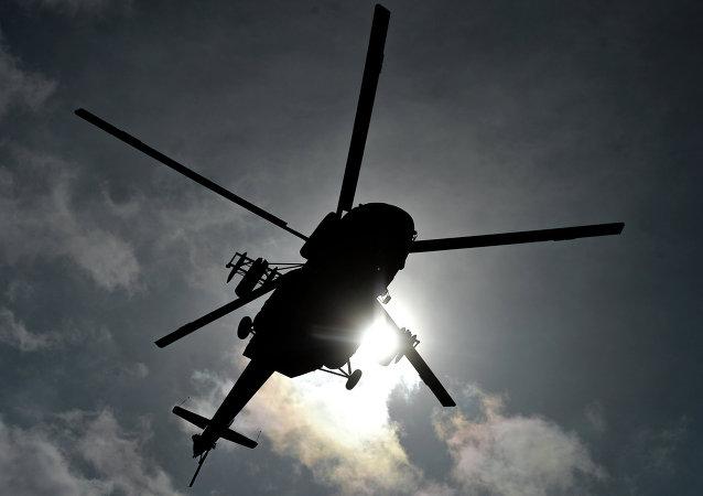哈巴罗夫斯克边疆区失事米-8直升机被打捞出水