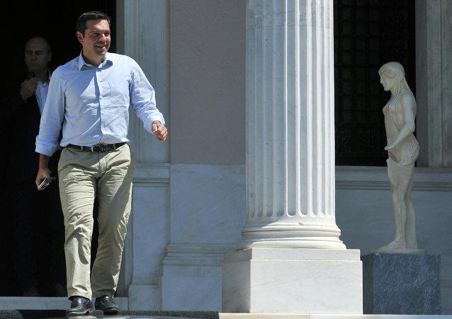 希腊总理齐普拉斯辞职并宣布提前举行议会选举