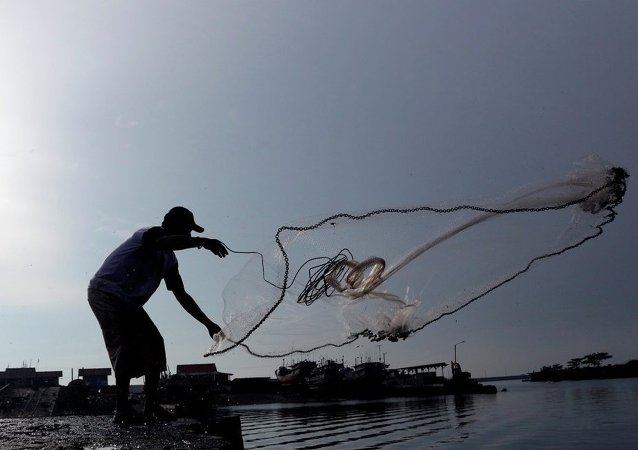 印尼當局炸毀了80多艘繳獲的外國非法漁船