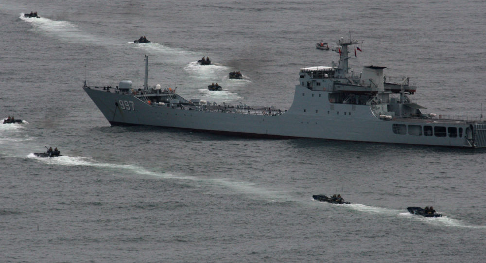 """""""科摩多-2018""""多国联合演习结束 中国海军舰艇编队起航回国"""