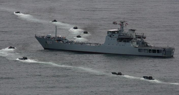 报纸:中国希望妥善解决美国潜水器问题