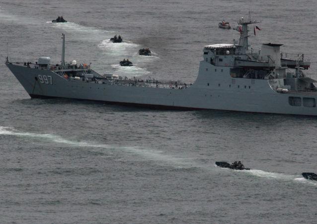 「科摩多-2018」多國聯合演習結束 中國海軍艦艇編隊起航回國