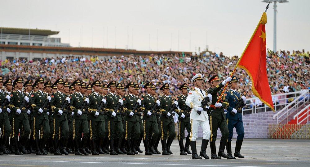 北京天安门广场开始举行纪念抗战胜利70周年阅兵