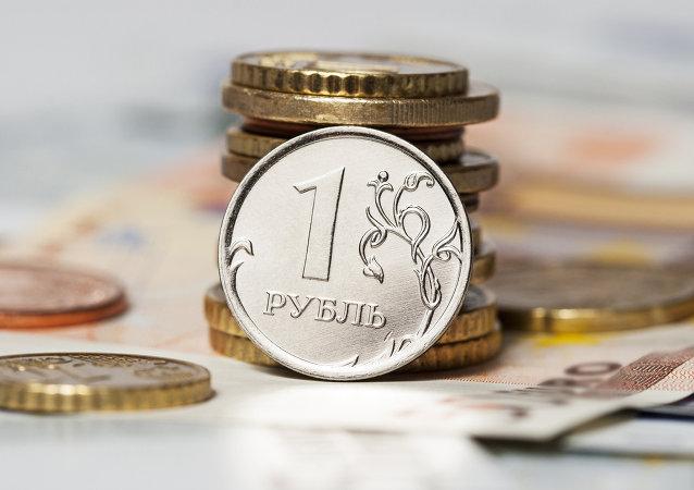 盧布成為盧甘斯克人民共和國的主要貨幣是因為地區經濟封鎖