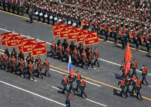 俄防長:先烈的功勳將永遠是捨己為國的典範