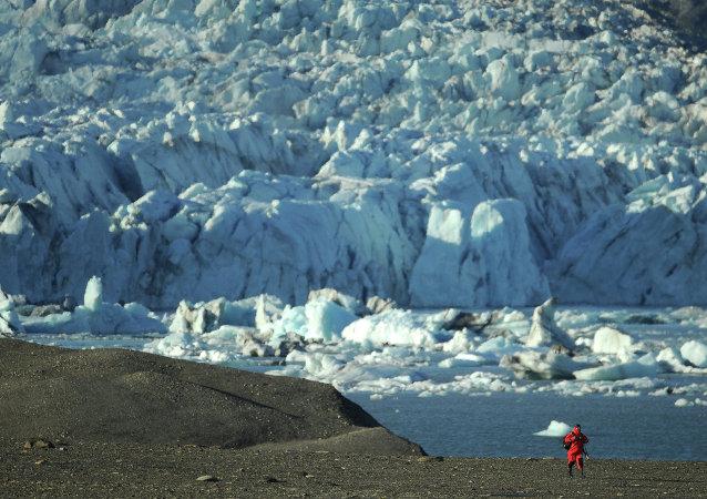 俄专家:俄中两国合作开发北极对双方均有利
