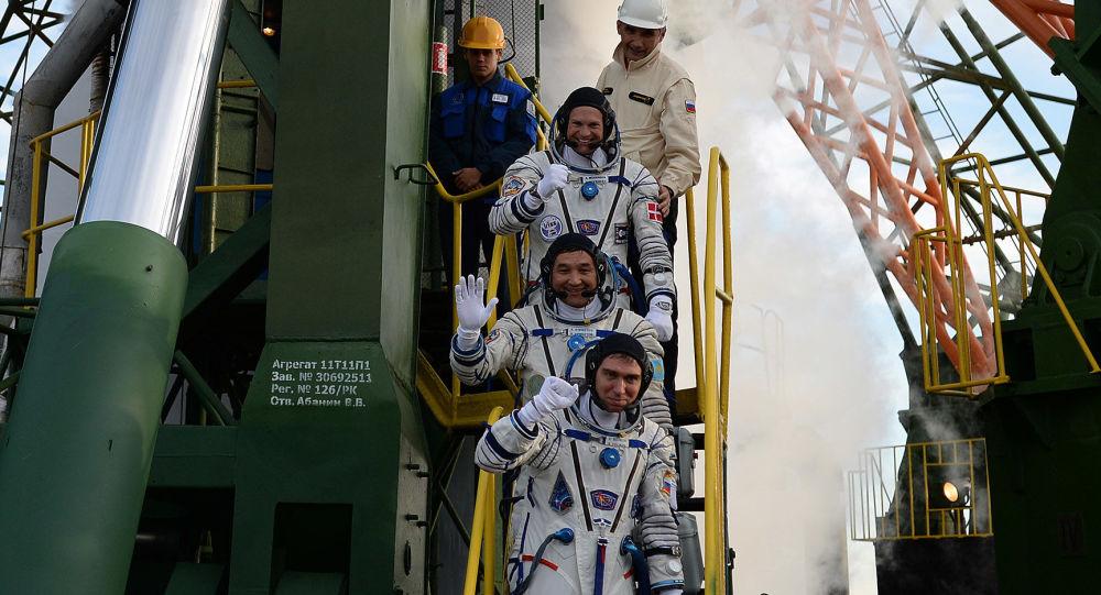 俄将帮阿联酋组建自己的宇航员队伍