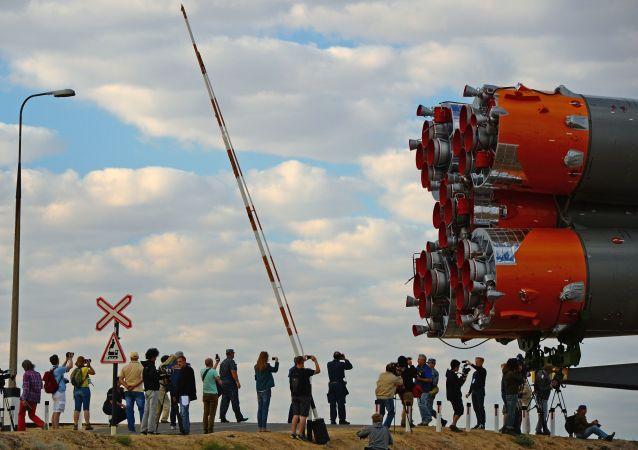 """俄航天集团总裁:国家委员会批准12月3日发射""""联盟MS-11""""飞船"""