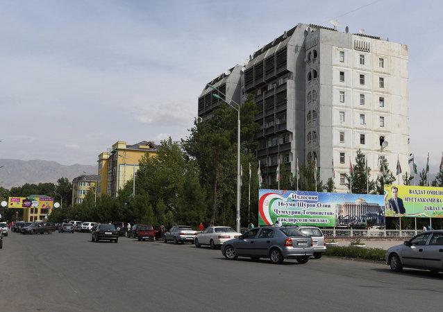 塔吉克斯坦伊斯兰党派领导人被控组织犯罪团伙