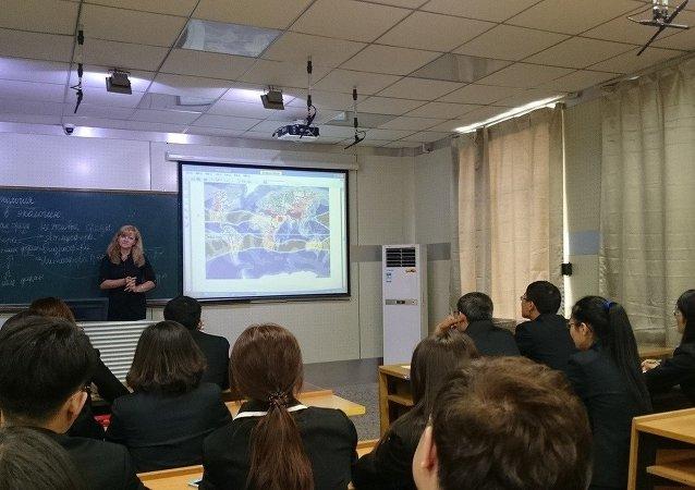俄教授:俄高校2016年将招收1.5万名免学费外国学生