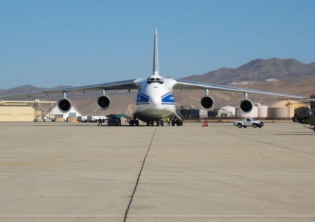俄羅斯安-124飛機