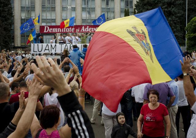摩尔多瓦:游行示威者声明计划组阁另一政府