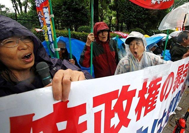 日本議會通過擴大自衛隊境外行動授權的法案