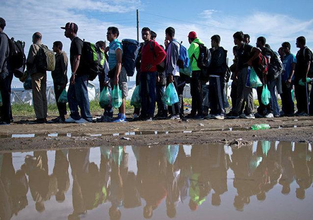歐盟委員會主席容克:歐洲移民危機還將持續幾年