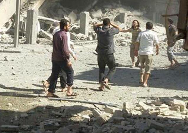 霍姆斯空襲:「白色頭盔」在敘利亞傷亡人數報告上造假被拆穿