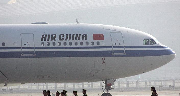 中國國航一架飛機因空乘受襲實施緊急降落