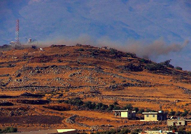"""叙利亚消息人士:俄战机摧毁距离距巴尔米拉28公里的""""伊斯兰国""""指挥部并消灭近40名武装分子"""