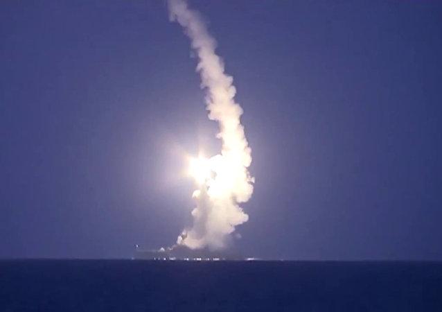 四艘里海舰队船只对叙利亚的伊斯兰国发射26枚巡航导弹