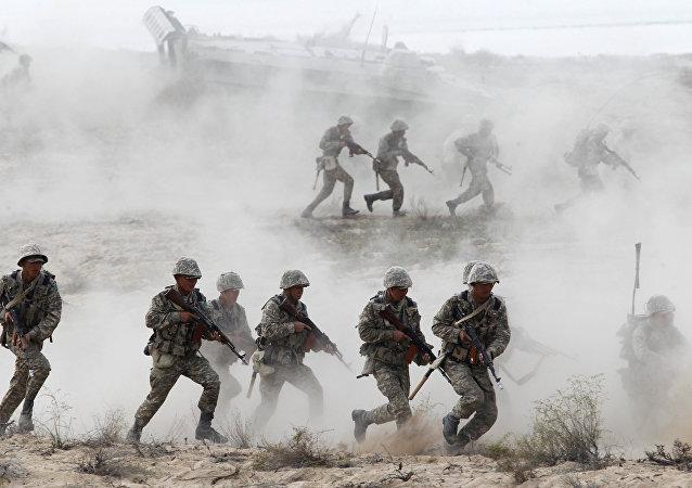 哈军进行最高战备条件下旅级战术演习
