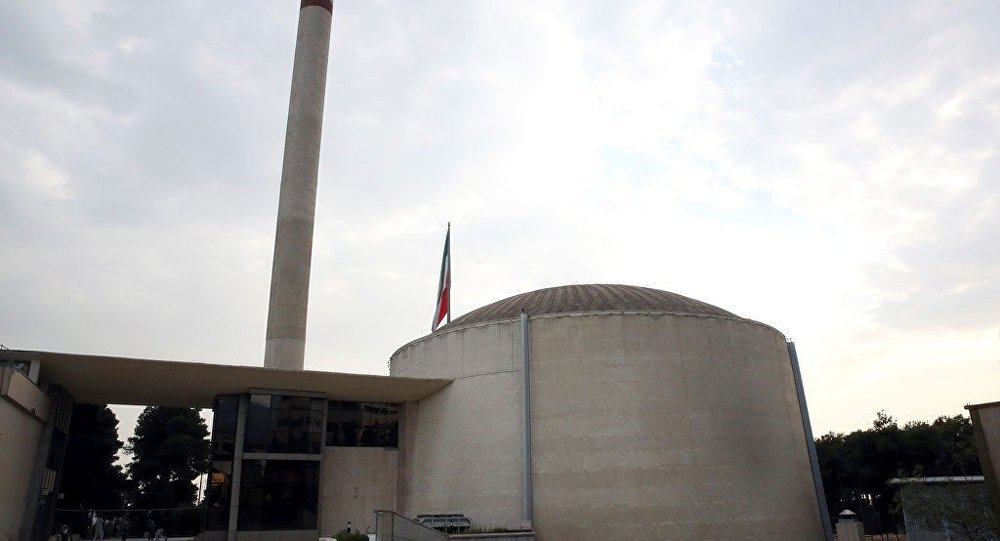 伊朗议会通过落实与六国协议法案