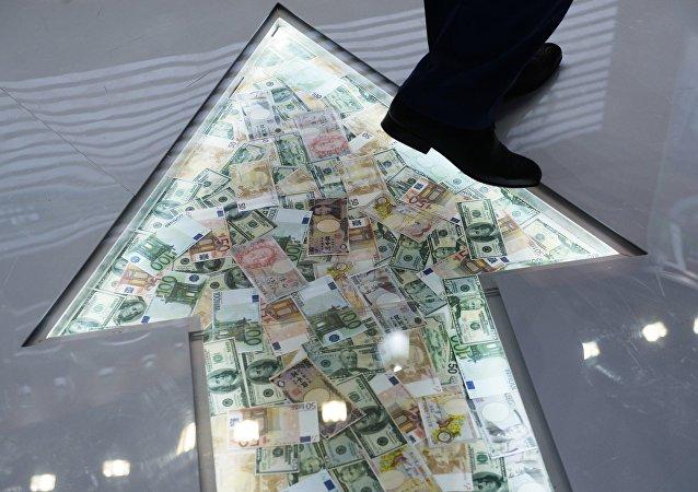 俄中投資基金8日將宣佈與中方夥伴成立10億美元基金