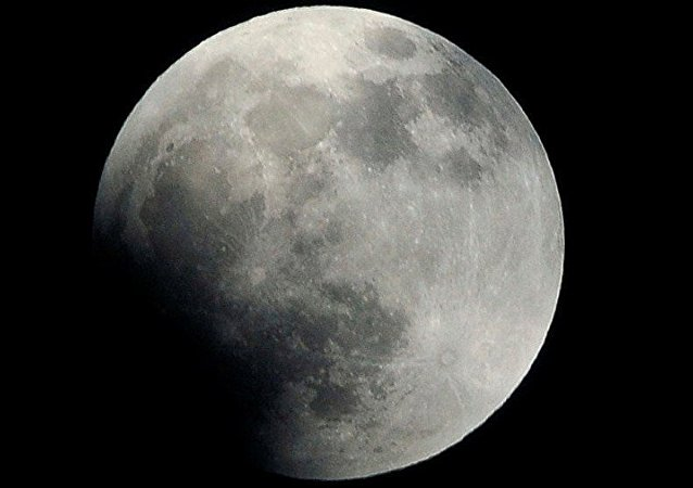 科學家:月球的歷史比我們想象得悠久得多