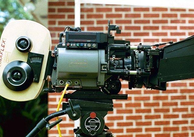 电影摄影机