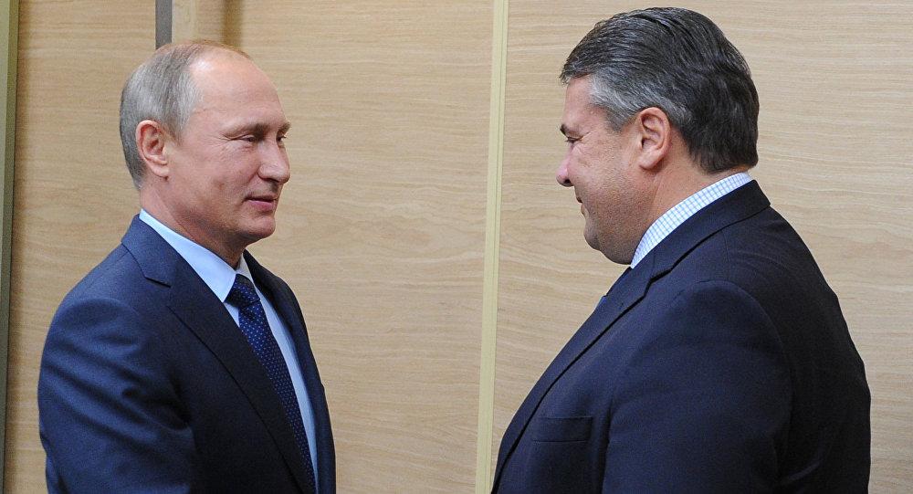 弗拉基米爾•普京和西格瑪爾•加布里爾