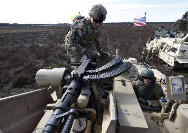 五角大楼:美国2017年将在东欧部署装甲部队