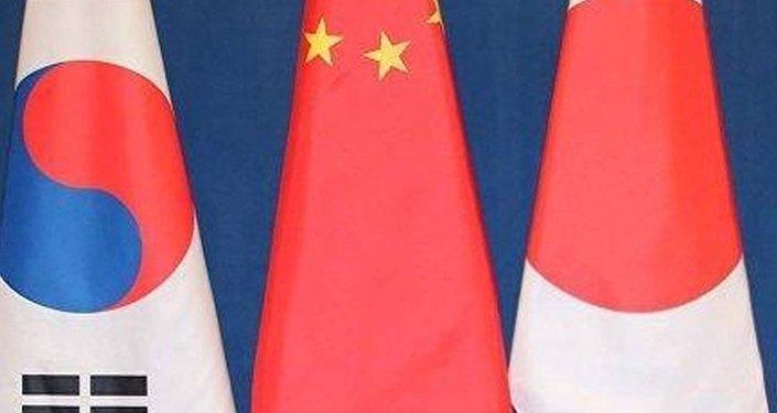Южная Корея, Китай и Япония