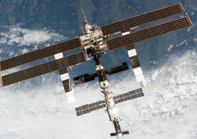 俄罗斯启动近月轨道站概念设计