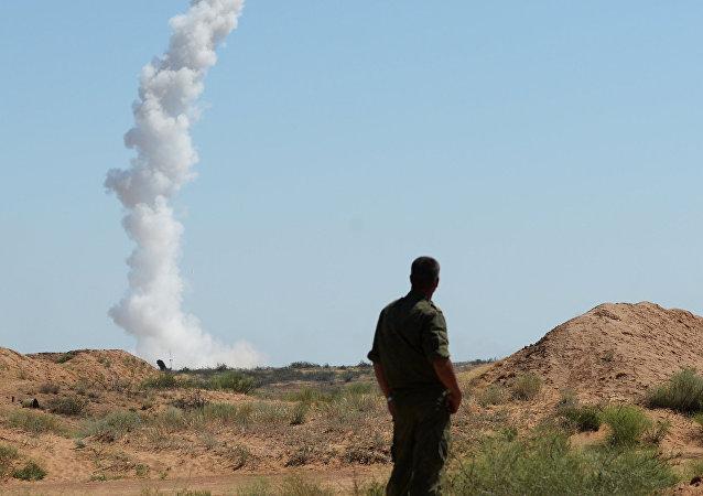 沙特防空力量在利雅德上空擊毀彈道導彈