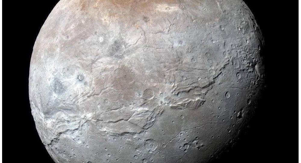 NASA發現冥王星表面存在冰火山