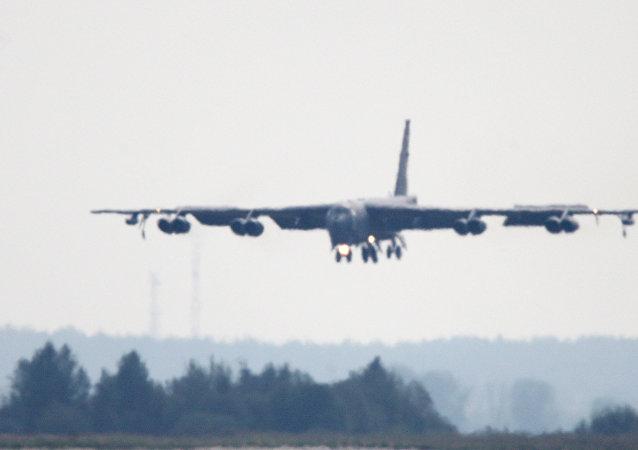 波音B-52战略轰炸机