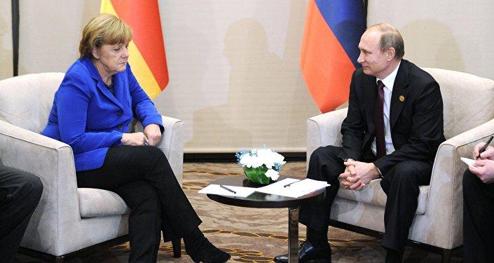 媒體:默克爾與普京或於7月8日至9日的北約峰會前舉行會晤