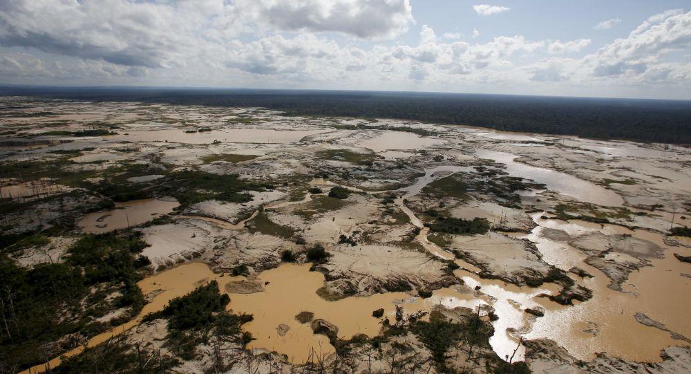 一艘客轮在亚马逊河沉没7人死亡近40人下落不明