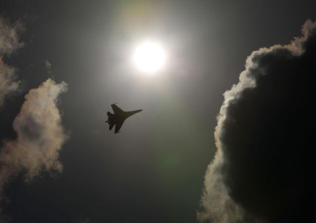 俄東部軍區戰鬥機與轟炸機在哈巴羅夫斯克邊疆區開始聯合訓練