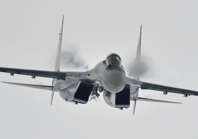 苏-35战斗机