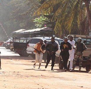 外媒:马里发生袭击导致至少134人死亡