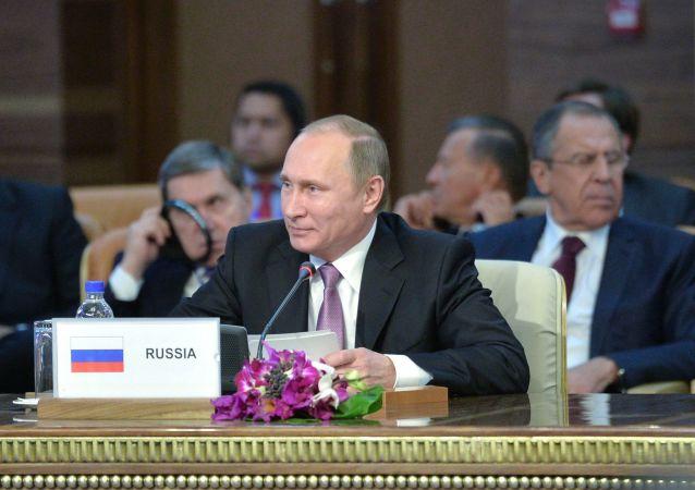 普京将赴伊朗出席伊朗-俄罗斯-阿塞拜疆模式会谈