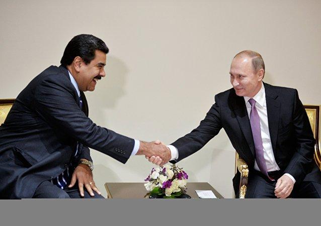 克宮:普京與馬杜羅12月5日將就雙邊關係、軍事技術合作以及歐佩克+進行討論