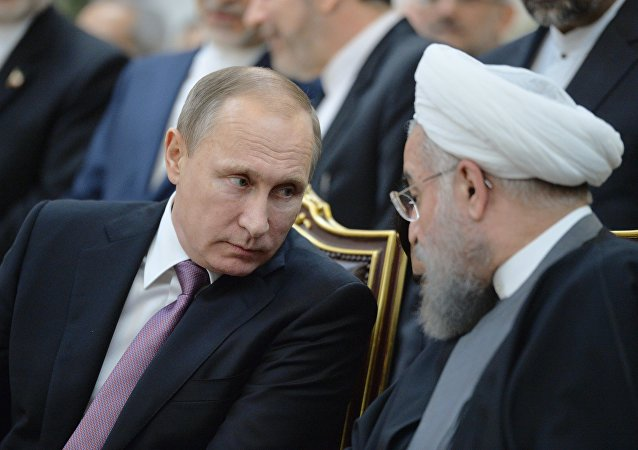俄羅斯總統弗拉基米爾·普京與伊朗總統哈桑·魯哈尼舉行電話會談