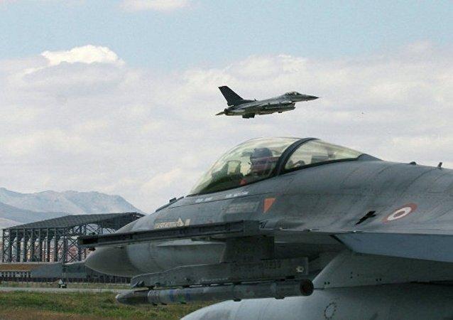 土耳其戰鬥機