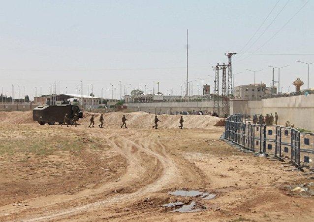 俄國防部展示土耳其邊防哨所向敘居民點內開火的視頻證據