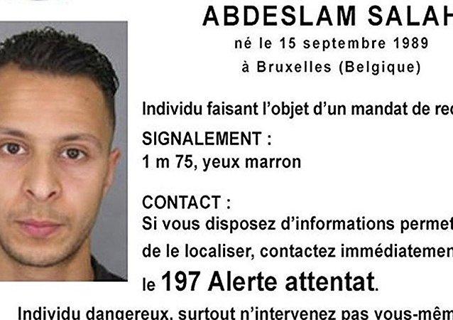 媒体:组织巴黎恐怖事件的嫌疑犯正逃往叙利亚