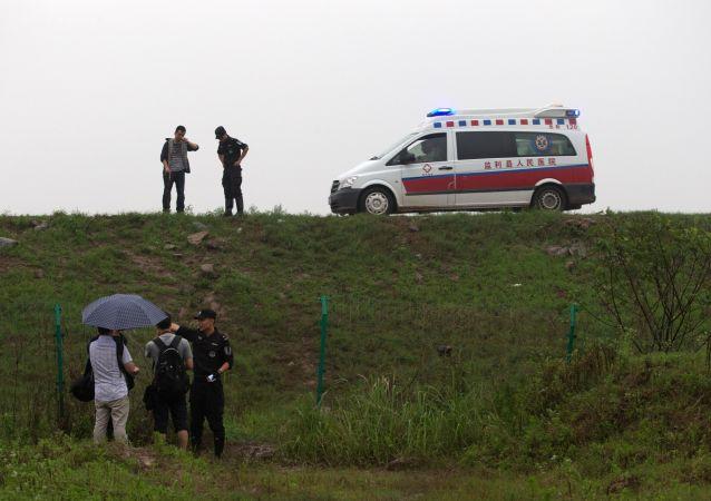 內蒙古公共汽車與貨車相撞事故遇難人數上升到12人