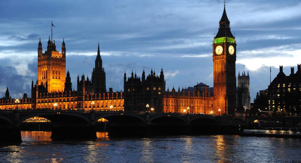 英国内阁指示首相就叙疑似化武袭击与美法两国研究协同回应