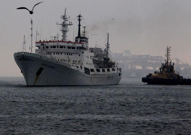 朝鲜扣押的俄帆船已驶离罗津港开始返航